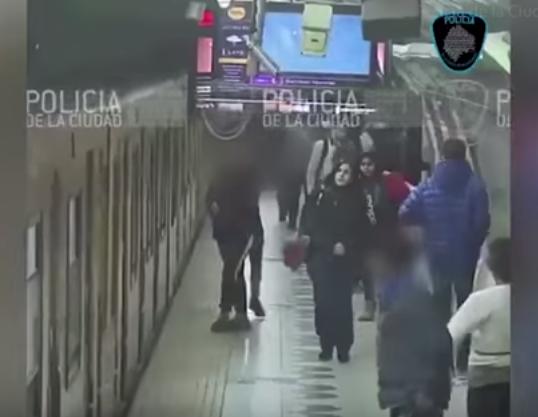 أحدث طرق سرقة ركاب المترو بإسبانيا
